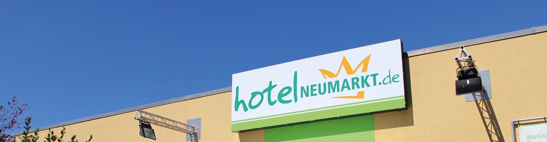 24 Shell Autohof Neumarkt Hotel